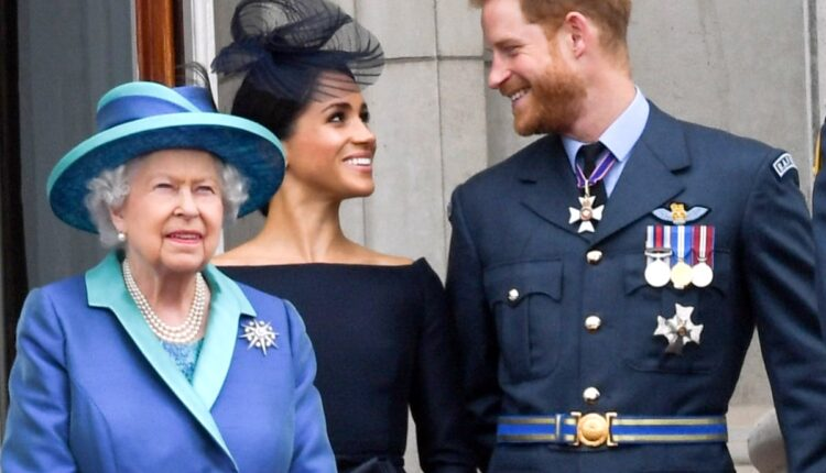 Royal News-Prince Harry And Meghan Markle Queen Elizabeth-1